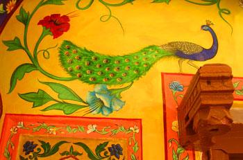 Painting on the Haveli where we stayed at Bundi.