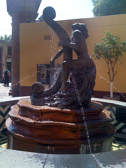 A fountain in Santiago de Querétero, Mexico