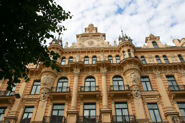 Art Nouveau architecture in Riga. Photos by Kirsten Knauf.