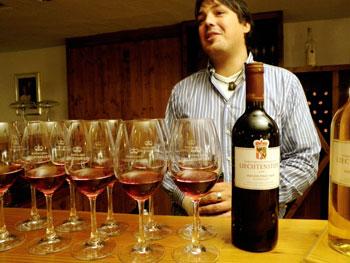 Wine tasting at Hofkelleri