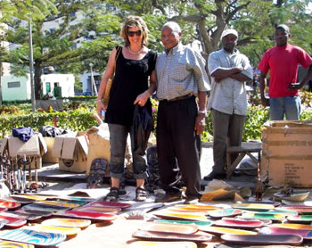 Shopping at Maputo's Craft Market - photos by Dianne Thomas