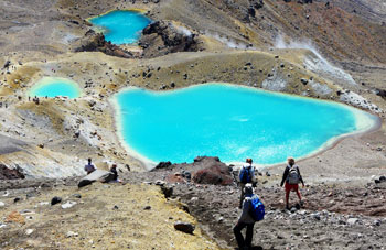 The Emerald Lakes are actually aquamarine in color.