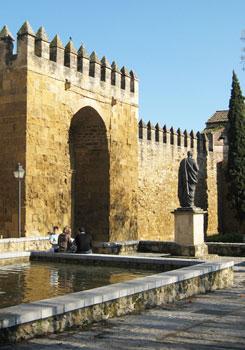 Statue of Seneca by the Puerta Sevilla