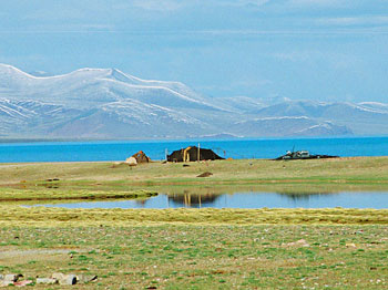 A nomad's tent on the shores of Namtso Lake