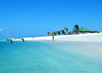 Snow white sand on Sandy Cay