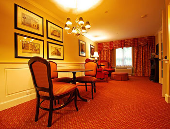 The Strawbery Banke Suite at the Anchorage Inn and Suites