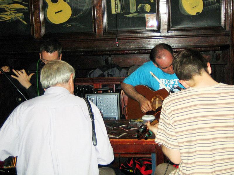 Irish music at Ti Joe Mac's in Cill Ronain