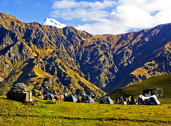 Tents at Bedni campsite, with Nandaghunti in the background.