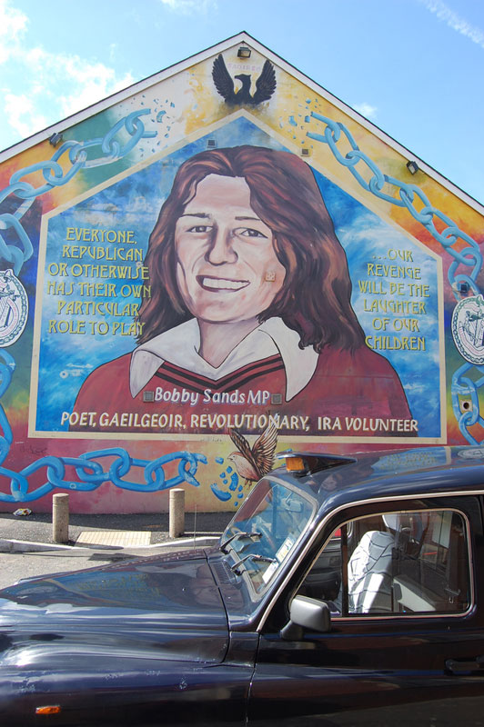 Black cab mural and Peace Line tour of West Belfast