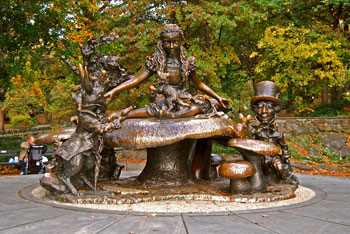Characters from 'Alice in Wonderland' in Central Park