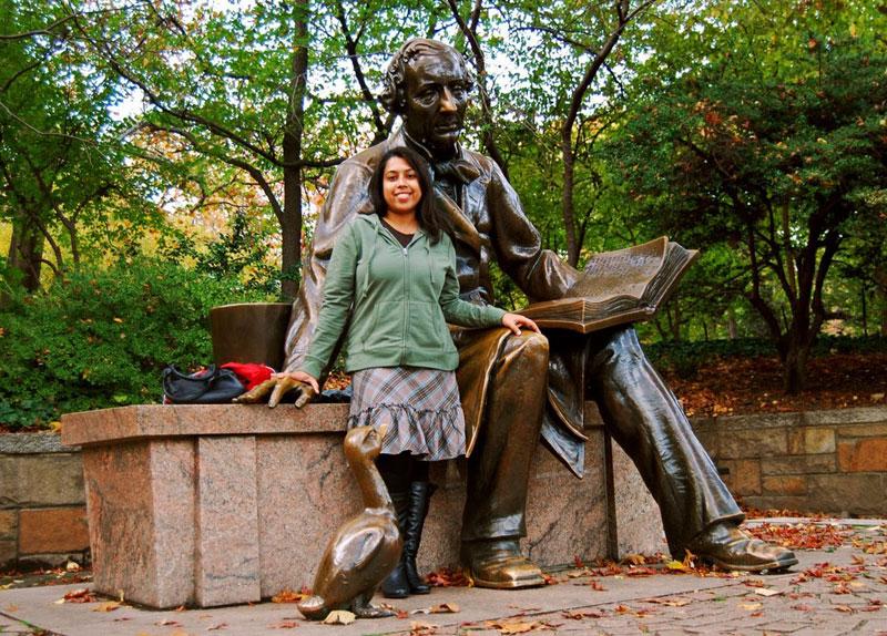 The scuplture of Hans Christian Andersen in Central Park in New York