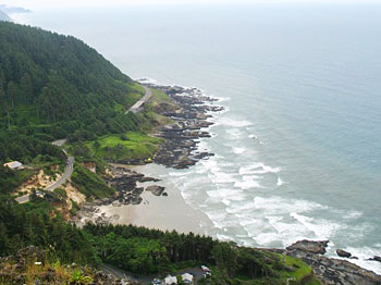 Highway 101 from the look out at Cape Perpetua