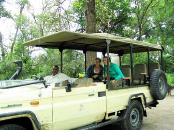 After lunch, we set out for an evening game drive. We spent a solid 4 hours tracking animals. Our guide, Alan, was fantastic.