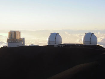 Above the clouds at the summit of Mauna Kea