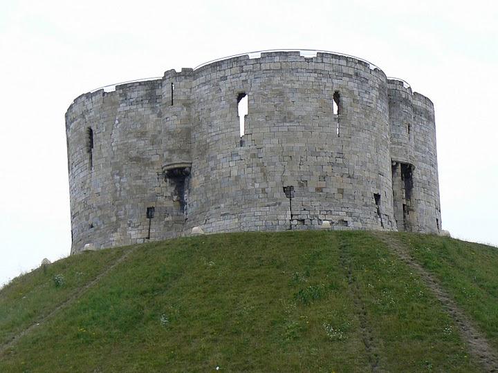 Cliffords Tower, York England, Scene of a Massacre