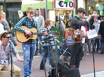 Buskers on Grafton Street in Dublin