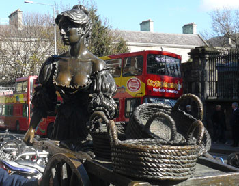 In Dublin's fair city, where girls are so pretty, I first set my eyes on sweet Molly Malone.
