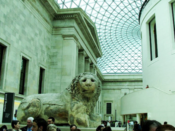 The main hall in the British Museum, a fantastic free attraction in London. photos by FJ Napoleone.
