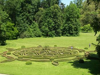 Hedge art at Kromeriz