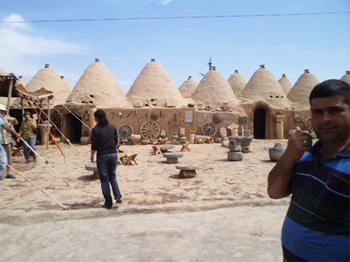 Beehive houses in Haran, Southeastern Turkey. photos by Inka Piegsa-Quischotte.