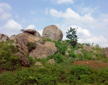 Rock formations, on the way to Kisumu