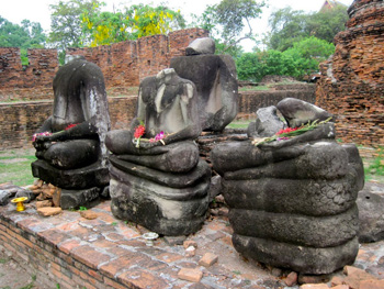 The beheaded statues are a sad reminder of the Burmese attack that took place in 1776 at Ayutthaya.