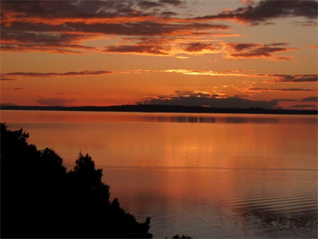 Sunset on Villarrica Lake, in Chile. Shelley Seale photo.