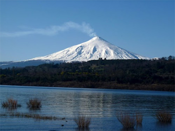 Land of Fire & Ice: Volcanoes and Lakes of Central Chile