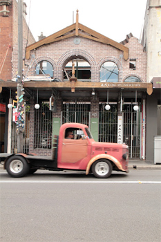 Quintessential Newtown, Sydney Australia. photos by Kathleen Broadhurst.