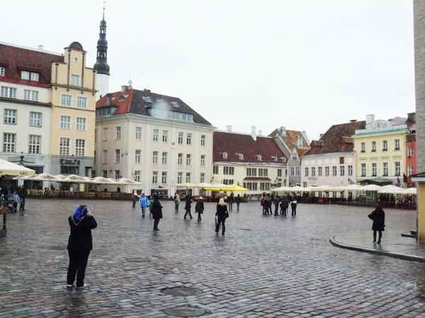 A Walking Tour of Tallinn, Estonia: Photos by Stephen Hartshorne – Page Two