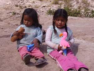 Children in the Valle Sagrado de Los Incas