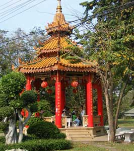This Chinese temple in Lumpini Park, located across from the exercise area, was a gift from China to celebrate the present King of Thailand's 72nd birthday in 1997. Photos by Ryan Humphreys