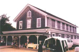 The Grange Hall hosts an artisan festival, an antiques show, and a farmer's market.