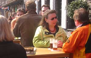 Patrons at Fûchshen Brauerei