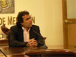 Sergio Farjardo, Mayor of Medellin. photo by Max Hartshorne.