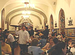Café culture thrives in the Zocalo, the historic center of Mexico City. Photo by Mariana Perez