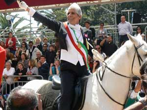 The honorary mayor is in charge for just one day during the Festival di Sant'Efisio in Cagliari.