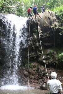 Canyoning: lean back and go! - photo courtesy of Explornatura