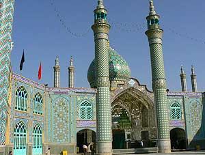The mosque at Aran-va-Bidgol in Esfahan.