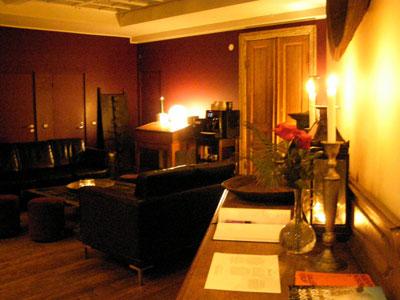 Hellsten Hotel lobby