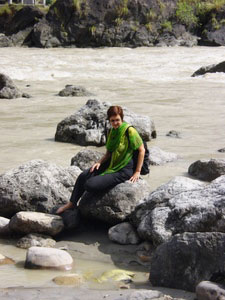 Marianne Kinzer at the holy Ganges River. Photos by Thomas Fiedler