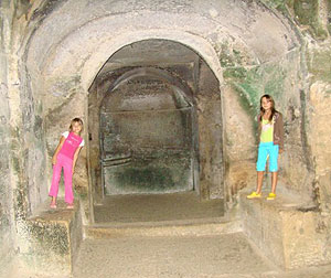 The Sibyl's Cave at Cuma - photos by Barbara Zaragoza