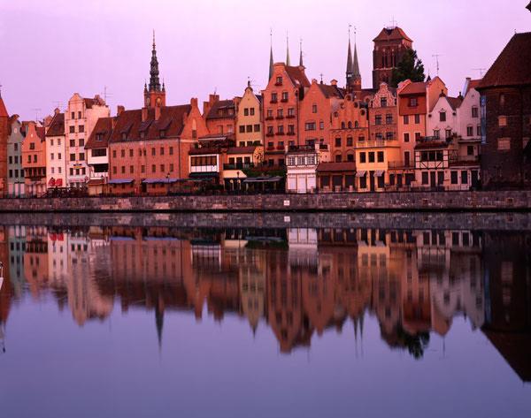 Cityscape by Erik Gauger.