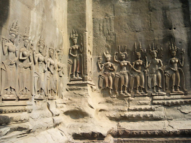 Perfect figurines around every corner at Angkor Wat in Siem Reap, Cambodia