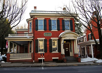 Alden House B&B on Main Street