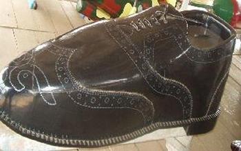 Shoe coffin.