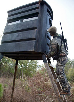 Deer stand at Great Southern. Hunting requires an extraordinary ability to say nothing for hours at a time. photo by Paul Shoul.