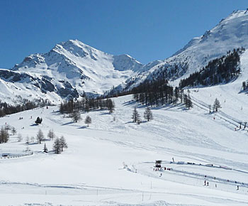 Sunny day is Sestriere