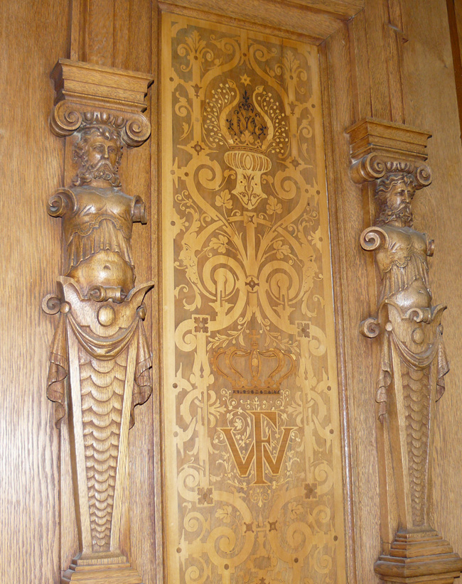 Carvings, Philippsruhe Castle