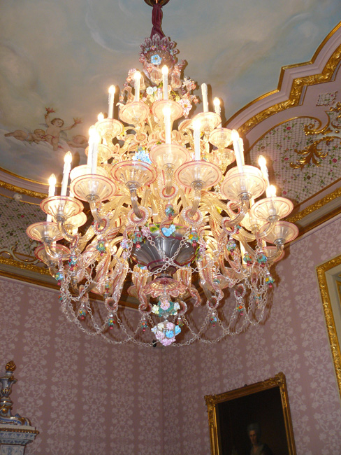 Chandelier in the Ladies' Chamber at Carvings, Philippsruhe Castle